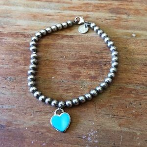 Return to Tiffany blue heart bead bracelet